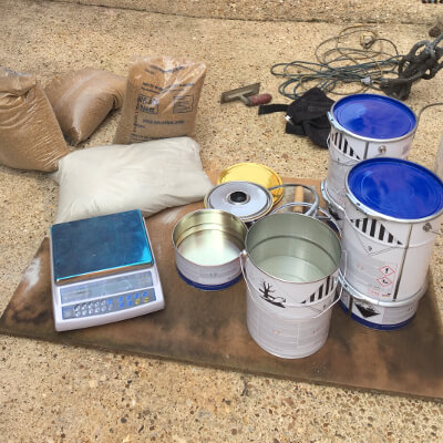 Scale and Material for Epoxy Resin Floor Coating